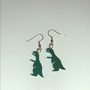 Dinosaur earrings! 🦖